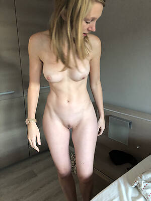 naked pics of starved full-grown solo