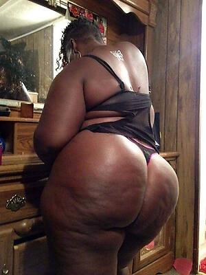 petite mature ebony mothers nude pictures