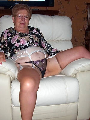 nasty mature pussy over 60 nude pictures