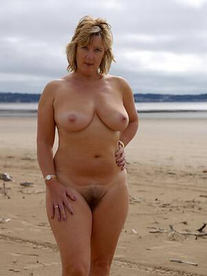 hot sexy mature on nude beach