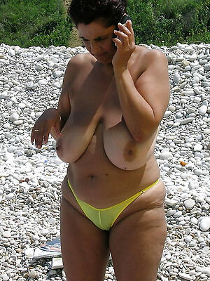 unconforming pics of grown up on undressed beach