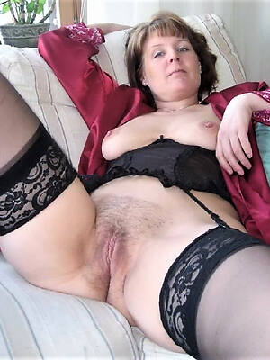 unconforming hd older mature moms hot hpoto