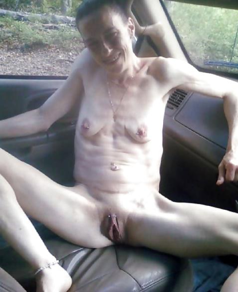 Skinny mature porn pics