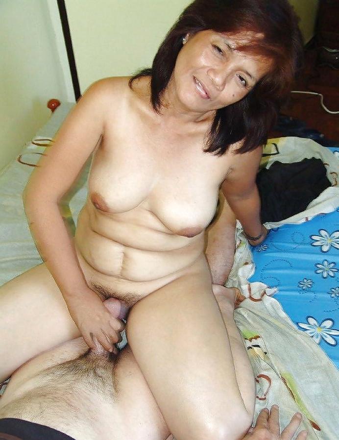 Pinay escort