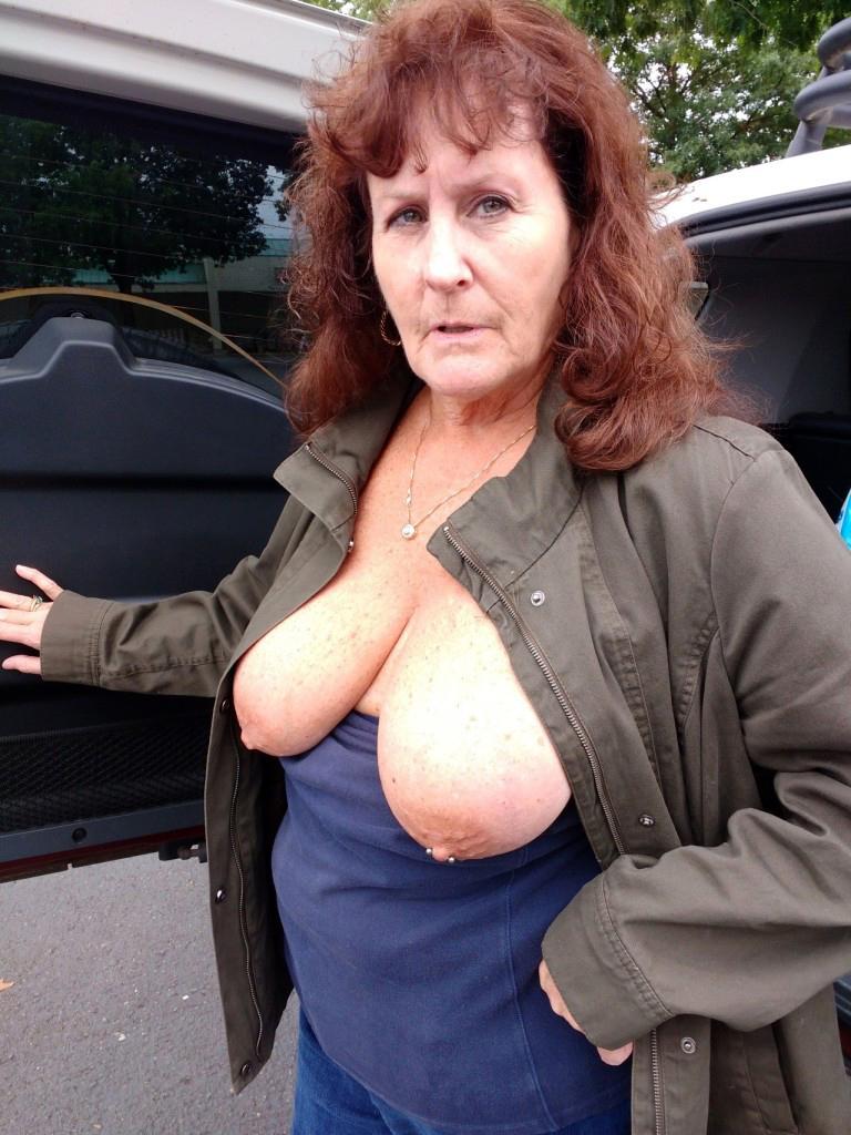 Mom pics granny FemaleMuscleMorphs