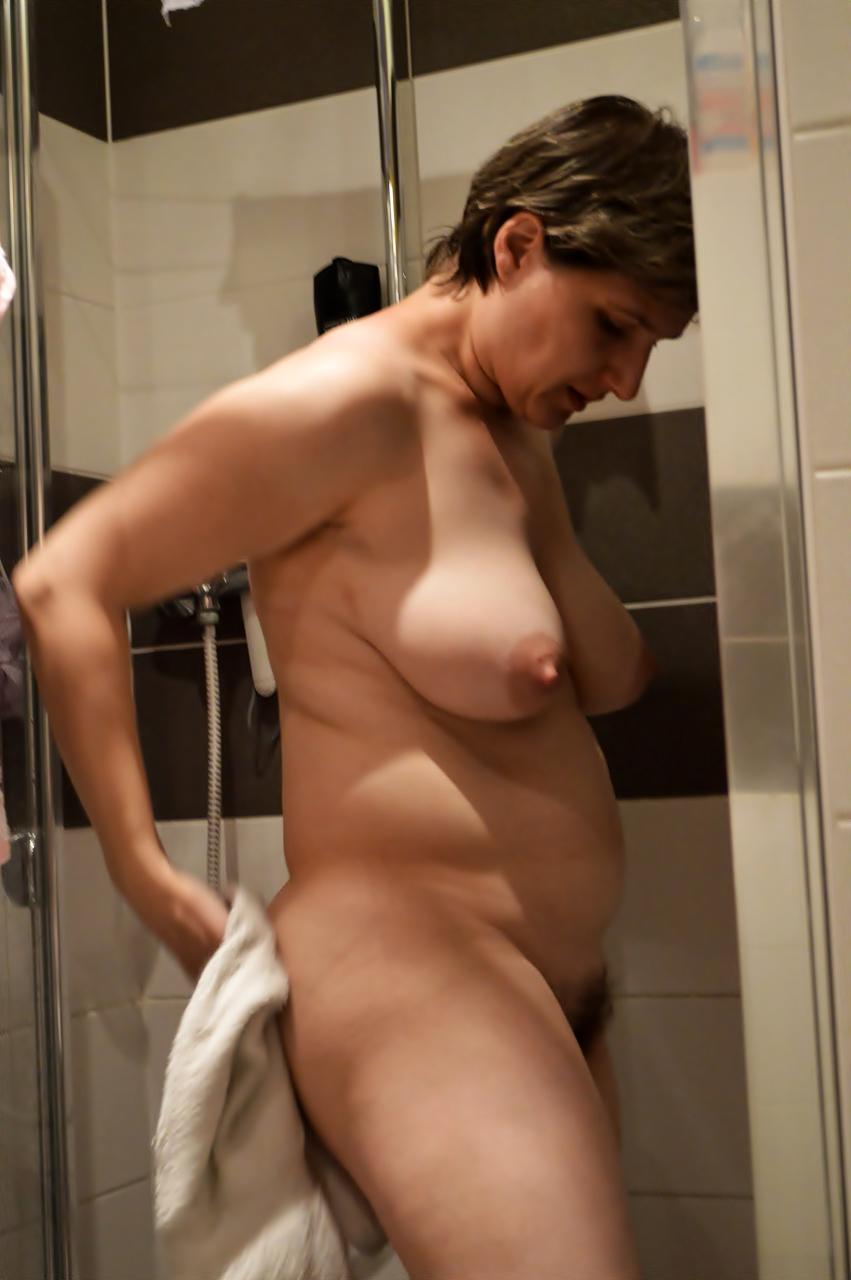 Amateurs naked