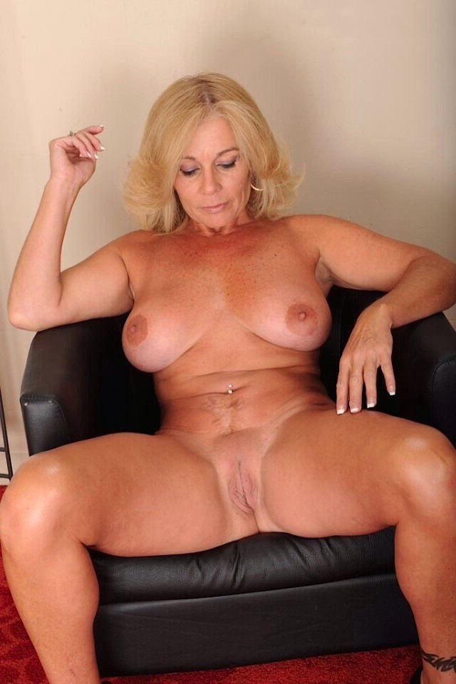 Be. nude blondes sexy mature apologise