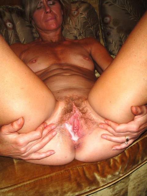 Hot Mature Milf Creampie