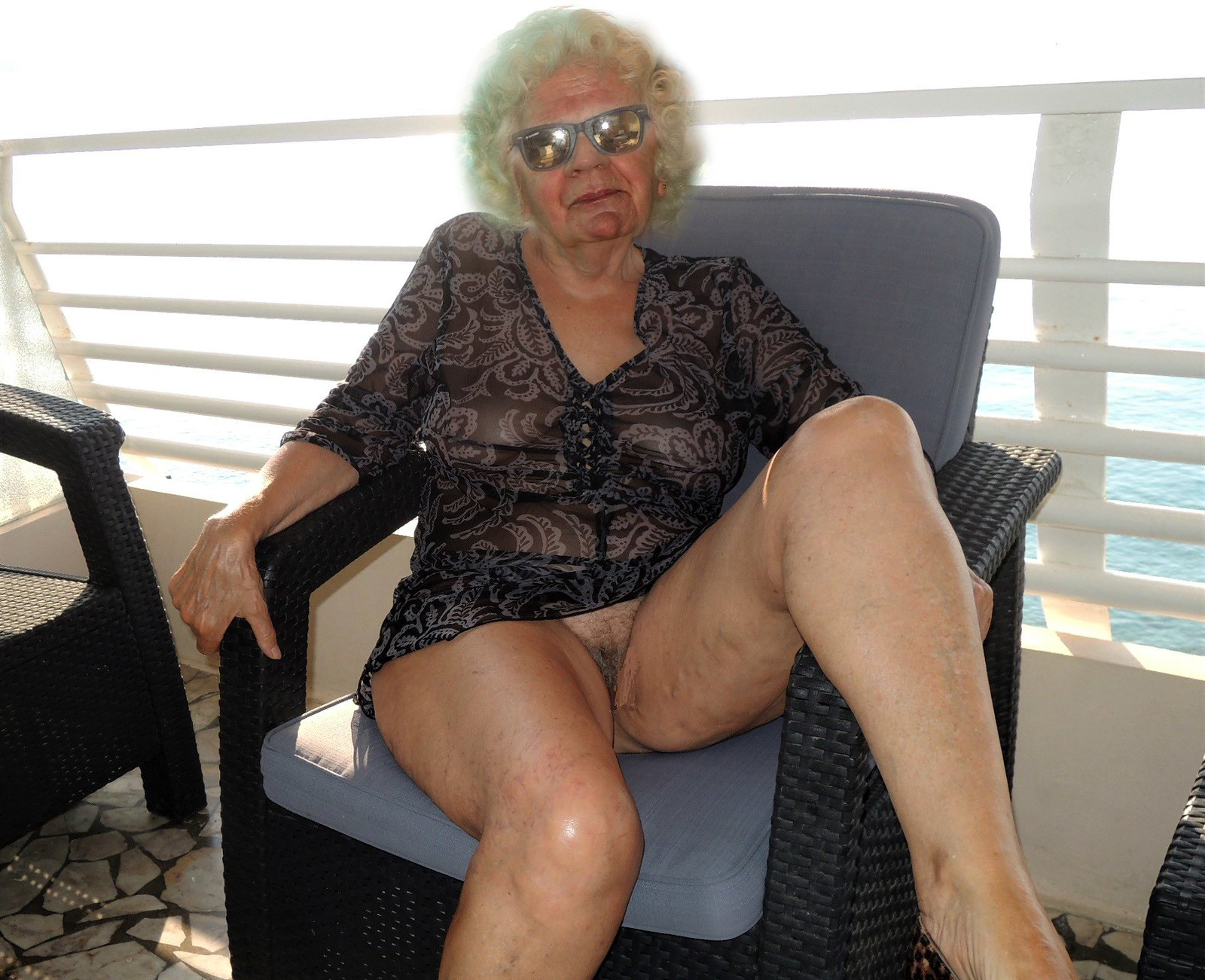 Free porn granny X Granny