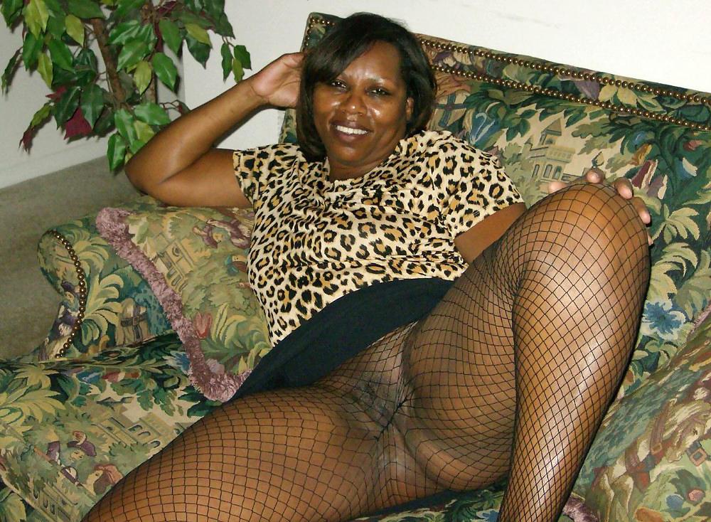 Huge Tits Ebony Amateur