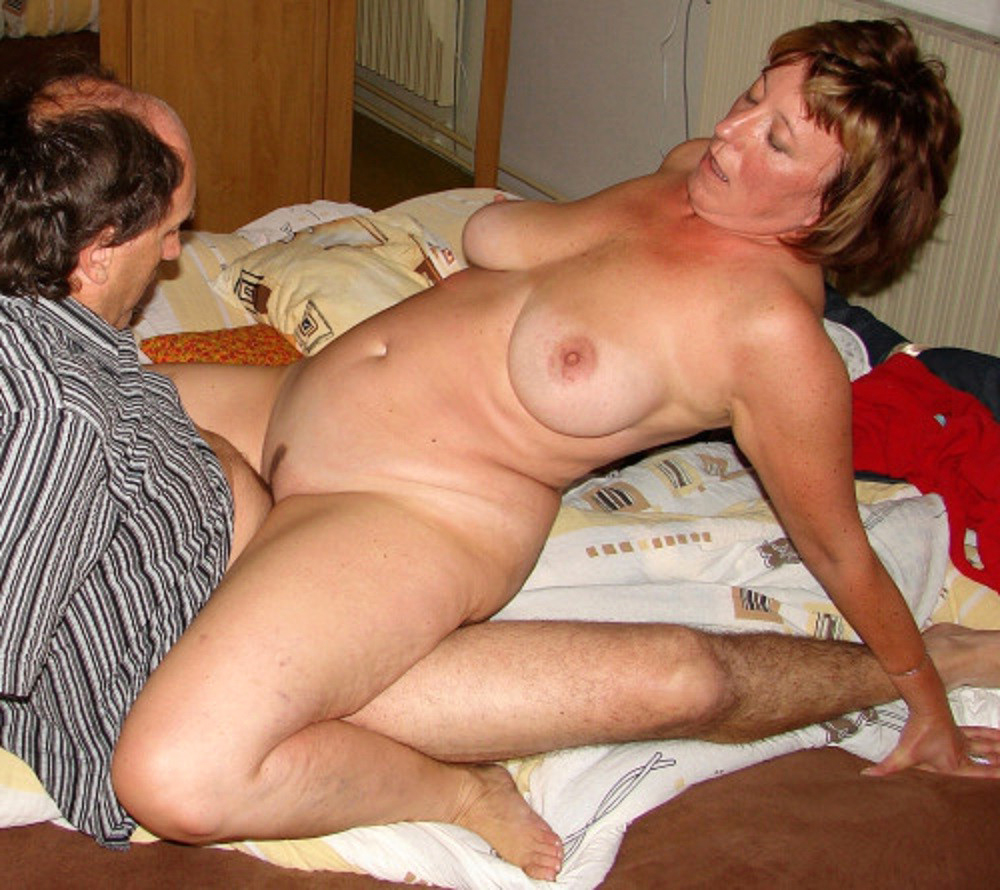 Fucking pics mature Mature Porn