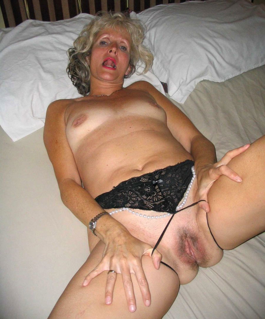 Hottest free milf porn