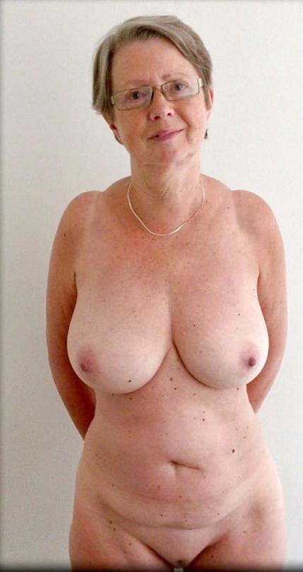 Pics grannyporn Older Granny
